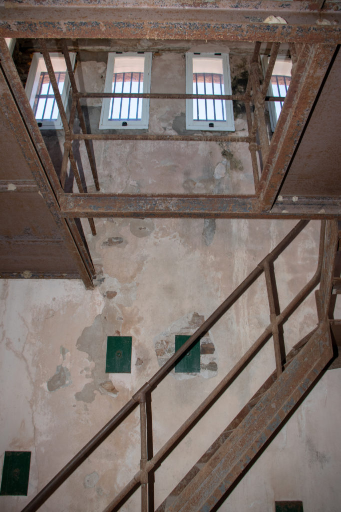 picture of red top jail gallows