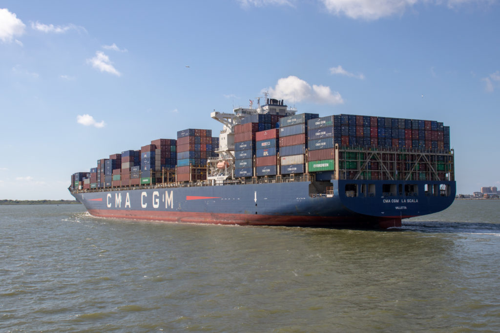 picture of cma cgm cargo ship